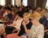 Konference o zkušenostech pečujících osob zaplnila Krajský úřad