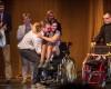 Tanečnice Míša Procházková dostala při Noci Grácií nový taneční vozík. Foto: Tomáš Kubelka
